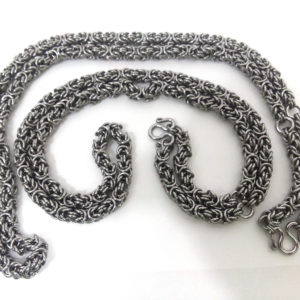 Stainless steel Thai amulet Chain for three amulets, 28″